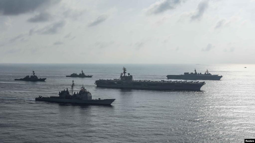Tư liệu - Nhóm chiến hạm Ronald Reagan trong một cuộc diễn tập ở Biển Đông, ngày 31 tháng 8, 2018.
