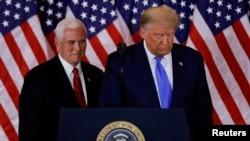 Presiden Donald Trump dan Wakil Presiden Mike Pence di Gedung Putih, Washington, 4 November 2020.