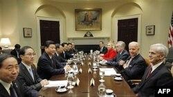 Phó Tổng thống Hoa Kỳ gặp Phó Chủ tịch Trung Quốc Tập Cận Bình tại Tòa Bạch Ốc, ngày 14/2/2012