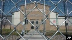 El sistema de cárceles privadas ha seguido expandiéndose en EE.UU. y se estima que sus ingresos este año serán de $2.000 millones.