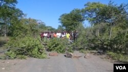 Camponeses bloquearam o ano passado o acesso á agua