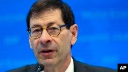 Maurice Obstfeld, Penasihat Riset Ekonomi IMF