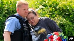 Fue asesinado en el interior de su vehículo, según detallaron las autoridades. Robert Melton tenía 46 años y llevaba 17 en el cuerpo de Policía.