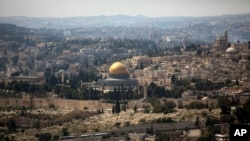 在耶路撒冷老城犹太人作为圣殿山的圆顶