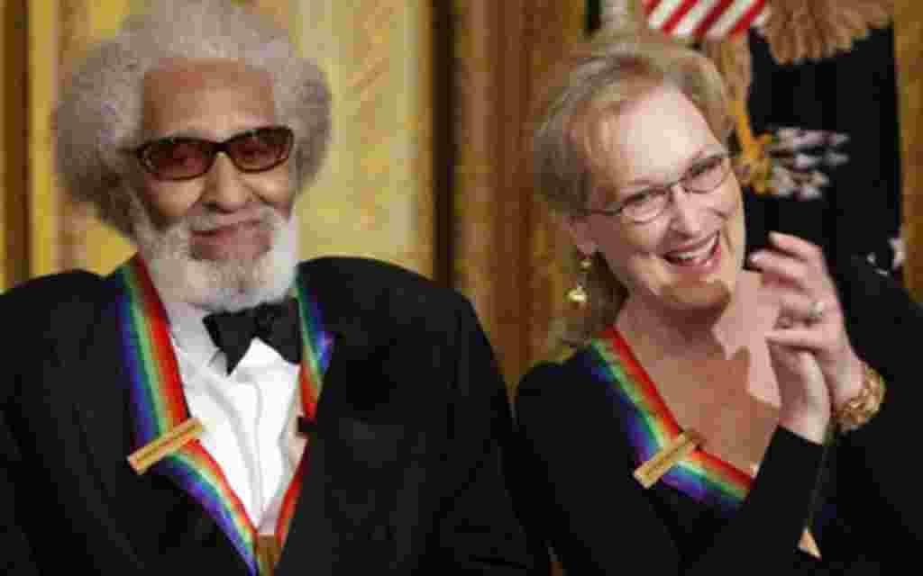 El saxofonista y compositor Sonny Rollins, y la actriz Meryl Streep, también participaron de una recepción organizada por el presidente Barack Obama, en la Casa Blanca.