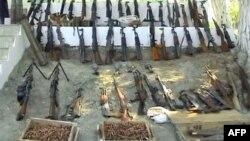 Shqipëria synon të mbyllë demontimin e armëve brenda vitit 2013