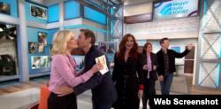 میگن کلی - معرفی مجریان «ویل اند گریس» در برنامه روز دوشنبه Photo NBC
