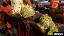 Chibok qishlog'idan olib qochilgan qizlar uchun duo... Abuja, Nigeriya