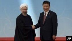 Les leaders iranien et chinois, samedi 23 janvier 2016.