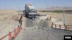 طالبان شماری از پلچک های مسیر شاهراه را منفجر کرده اند