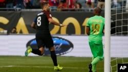 L'Américain Clint Dempsey après un but pendant la Copa America 2016 à Chicago, le 7 juin 2016.