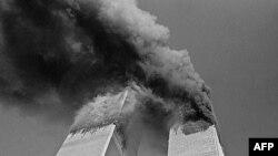 Горят верхние этажи башен ВТЦ