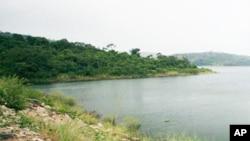 尼罗河流经许多非洲国家,是地区水资源协议的核心