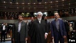 تصویری از مراسم معارفه محمد سرافراز، رئیس پیشین سازمان صدا و سیما در حضور رئیس دفتر رهبر جمهوری اسلامی