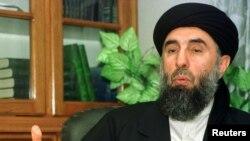 د ګلبدین حکمتیار په مشرۍ حزب اسلامي ډلې له افغان حکومت سره د سولې تړون وکړ