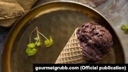 Es krim dari serangga yang dijual oleh Gourmet Grubb di Cape Town, Afrika Selatan. (courtesy: GourmetGrubb).