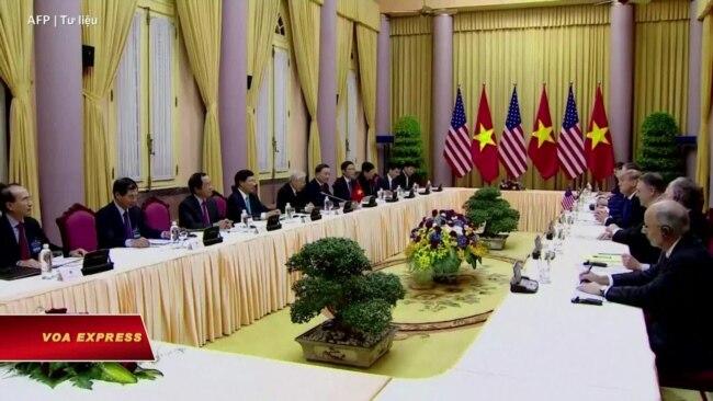 Truyền hình VOA 14/7/20: Sứ quán TQ: Mỹ tốt với Việt Nam nhằm 'ly gián' Trung-Việt