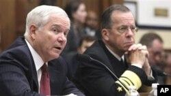 Γκέιτς: Δεν υπάρχει περίπτωση να σταλούν χερσαίες δυνάμεις στη Λιβύη