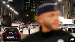 La police assure la sécurité après une attaque à Bruxelles, Belgique, 25 août 2017.