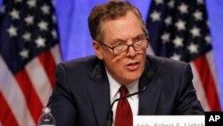 Đại diện Thương mại Mỹ Robert Lighthizer tại cuộc họp báo ở Washington ngày 16/8/2017 lúc bắt đầu các cuộc thương thuyết về NAFTA.