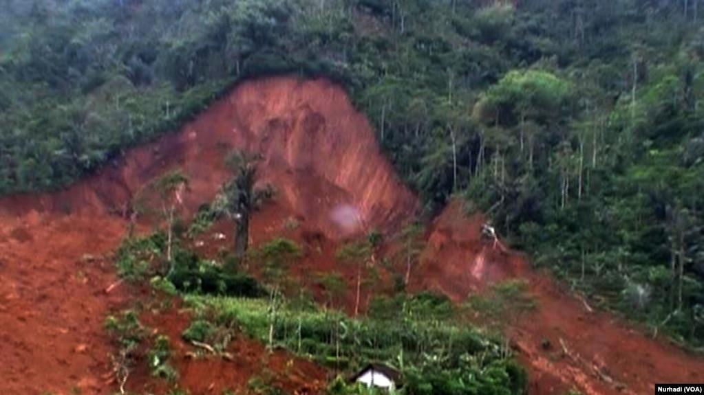 Satu Dusun Tertimbun Tanah Longsor Di Banjarnegara Jawa Tengah