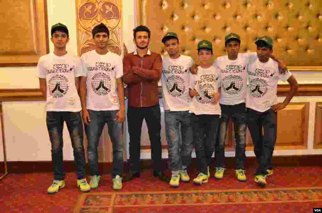 برازیل میں اسٹریٹ چائلڈ ورلڈ کپ فٹ بال میں تیسری پوزیشن حاصل کرنے والی پاکستانی بچوں کی ٹیم بھی موجود تھی۔