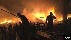 На месте падения грузового авиалайнера. Карачи. Пакистан. 28 ноября 2010 года