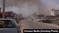 Vue sur la ville de Galkayo, juste après un attentat-suicide en Somalie, le 21 août 2016.