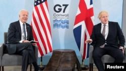 برطانیہ کے وزیراعظم بورس جانسن نے جی سیون سربراہ اجلاس سے قبل صدر جو بائیڈن سے ملاقات کی۔ 10 جون 2021