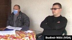 Dušan Perić i njegov otac Mile najavili su štrajk glađu pred zdanjem Predsedništa Srbije u Beogradu