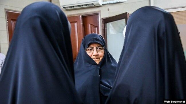 Minu Aslani, Bəsic təşkilatı qadınlar cəmiyyətinin başqanı