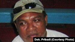 Aiesh Rumbekwan, Direktur Walhi Papua (foto: dok. pribadi)