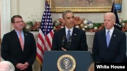 美國總統奧巴馬(中),副總統拜登(右)和國防部長卡特。