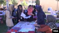 منابع دولتی: سه الی چهار در صد از جمعیت زنان در افغانستان مصروف تجارت استند