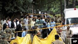 뉴델리의 폭탄테러 현장
