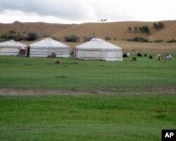 蒙古草原和蒙古包