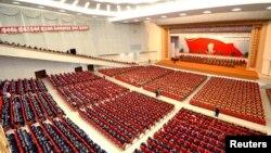 지난 4월 평양 4.25 문화회관에서 김일성 주석 탄생 101주년을 맞아 열린 중앙보고대회. (자료사진)