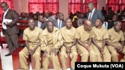 Des opposants angolais lors d'un procès au tribunal provincial de Huambo, Angola