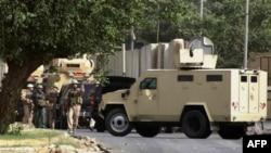 Hiện trường sau vụ nổ bom tại tại thành phố Tikrit, ngày 6/6/2011