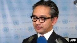 Ngoại trưởng Indonesia Marty Natelagawa đã thực hiện các chuyến ngoại giao con thoi ráo riết để khôi phục đoàn kết trong ASEAN, tái xác lập quan điểm chung của ASEAN về vấn đề Biển Đông