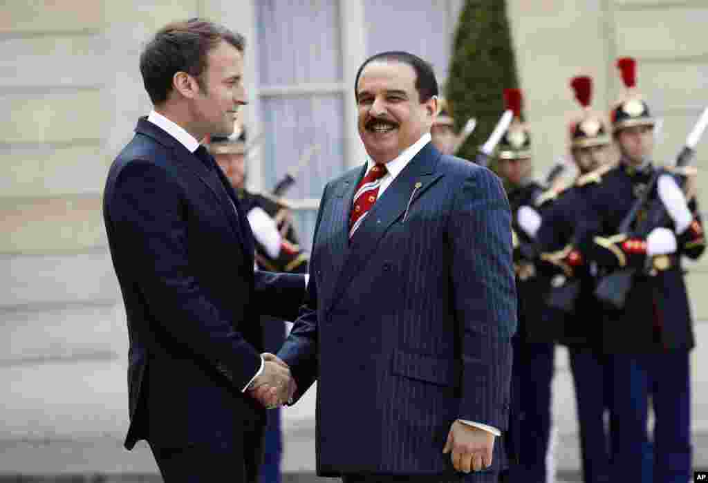 پادشاه بحرین روز سه شنبه در کاخ ریاست جمهوری فرانسه با رئیس جمهوری این کشور دیدار کرد.