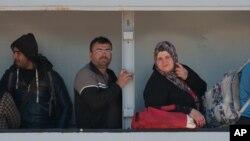 지난 4월 이탈리아 시실리 항구에서 구조된 난민들 (자료사진)