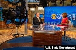 Mike Pompeo u studiji televzije CBS News