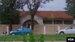 Escola primaria 87