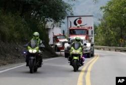 Kolumbiyada Venesuela üçün nəzərdə tutulan humanitar yardımı taşıyan yük maşını