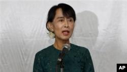 Ikon pro-demokrasi Burma, Aung San Suu Kyi (15/5).