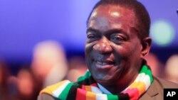 Mutungamiri wenyika, VaEmmerson Mnangagwa. VaMnangagwa vasangana nevarairidzi vanorarama nehurema vari pasi pesangano rePTUZ.