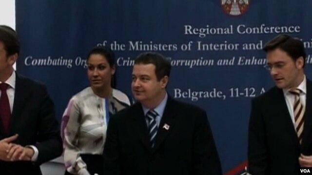 Në pritje të zhvillimeve rreth bisedimeve Kosovë-Serbi