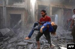 Бомбардировка города Маарет-ан-Номан в провинции Идлиб, 26 мая 2019 года