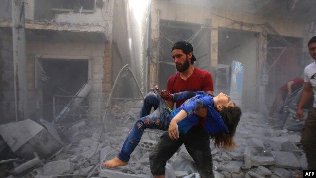 Бомбардировка города Маарет Аль-Номан в Идлибе, 26 мая 2019 года